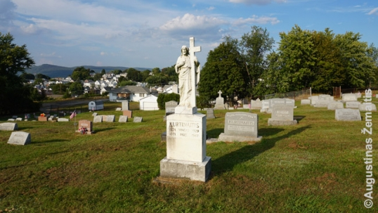 St. Casimir Lithuanian cemetery in Pittston gravestone