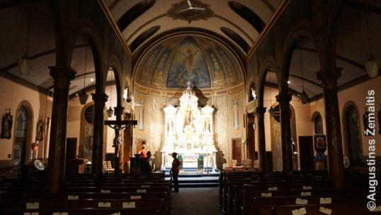 Atolo lietuvių bažnyčios vidus