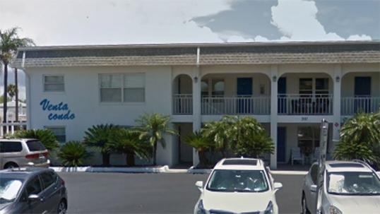 Apartment building 'Venta' in St. Pete Beach