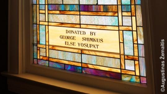 Kolinsvilio bažnyčios vitražuose – lietuviškos pavardės