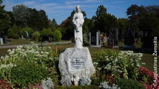 Mary the Mother of those exiled statue in the Missisauga St. John Lithuanian cemetery