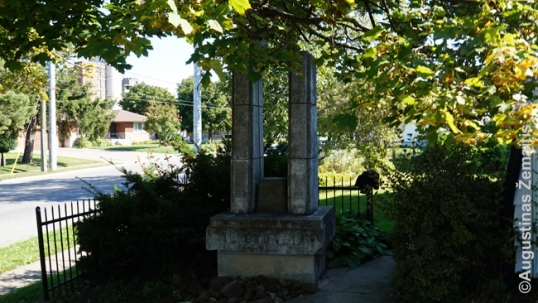 Memorial to Lithuania in St. Catharines