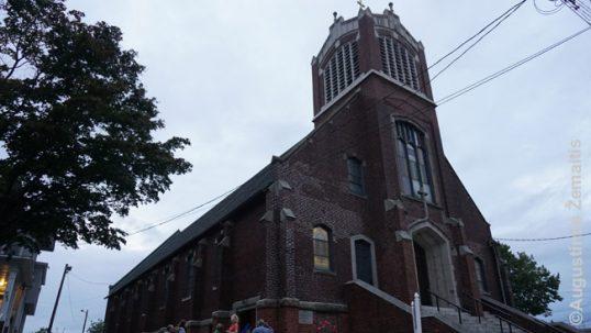 Bridžporto šv. Jurgio lietuvių bažnyčia