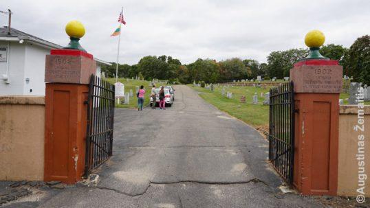 Įėjimas į lietuviškas Voterberio kapines