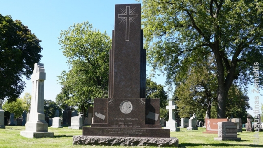 Antanas Vanagaitis grave at St. Casimir Lithuanian cemetery of Chicago