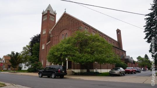 Grand Rapidso Šv. Petro ir Povilo lietuvių bažnyčia