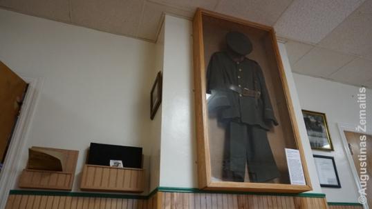 Vytauto Kareivio savipagalbos draugijos uniforma iš organizacijos muziejėlio