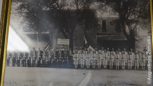 Vytautas Kareivis Aid Society members posing with their uniforms (image from the Society's heritage rooms)