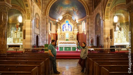 Annunciation Lithuanian church in Williamsburg interior