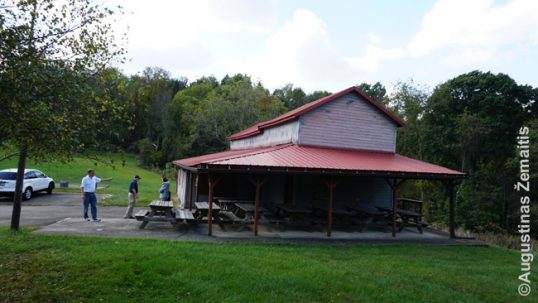 Pittsburgh Lithuanian Country Club barn