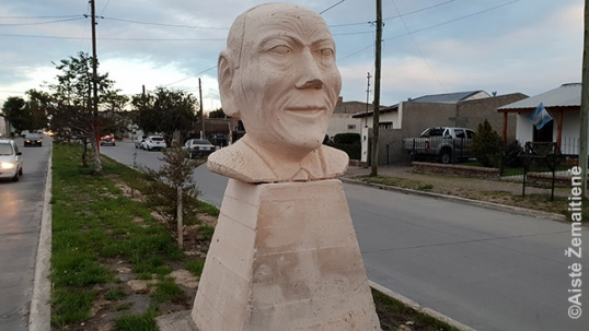 The bust of Kazimieras (Casimiro) Šlapelis in Sarmiento